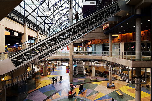 Empty-mall